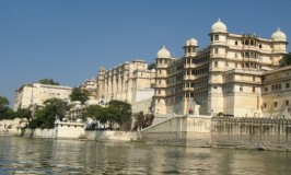 travel-rajasthan-city-palace-udaipur